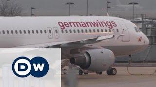 Авиакатастрофа в Альпах: черный день для Germanwings и Lufthansa(Крушение самолета на юге Франции нанесло серьезный удар по имиджу авиакомпаний Germanwings и Lufthansa. Другие видео..., 2015-03-24T18:04:15.000Z)