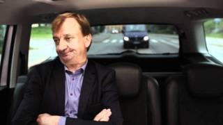Nenäpäivä 2011: Taksikuski ja Hjalliksen näköinen mies