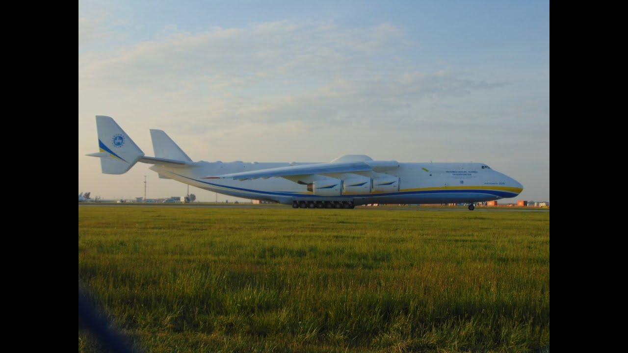 The largest aircraft in world Antonov Mriya An-225 take off Prague Must watch
