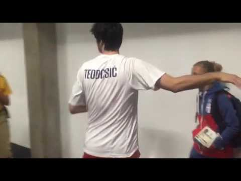 Milos Teodosic and Bogdan Bogdanovic hugging and crying after the semi final game in Rio 2016