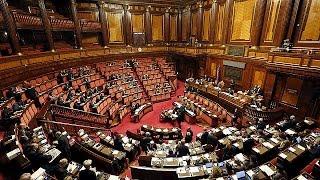 إيطاليا:مجلس الشيوخ  يصوت على منح الثقة للحكومة لزواج المثليين دون الحق في التبني    25-2-2016