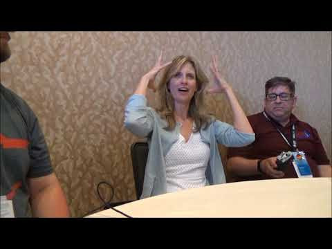 Helen Slater and Marc McClure Talk Supergirl 1984 At San Diego ComicCon 2018