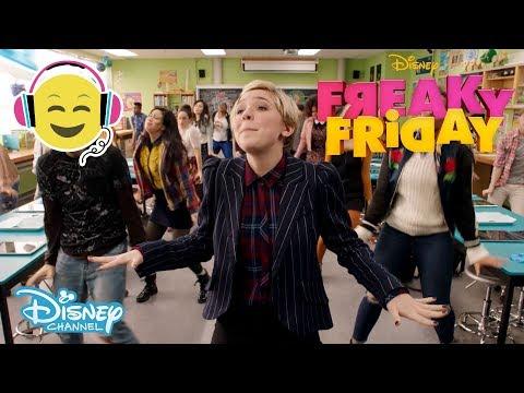 Freaky Friday | Oh, Biology 🎶 - Disney Channel Sverige