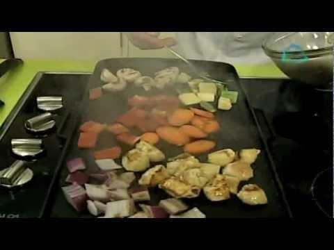 Teppanyaki de verduras y pollo
