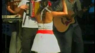 ADRIANA LUCIA  &  GUSTAVO BABILONIA   --   FESTIVAL EN GUARARE