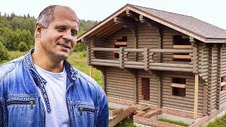 Интервью с Федором Емельяненко. Строим дом для Федора, 3 часть. Этап покраски деревянного дома.