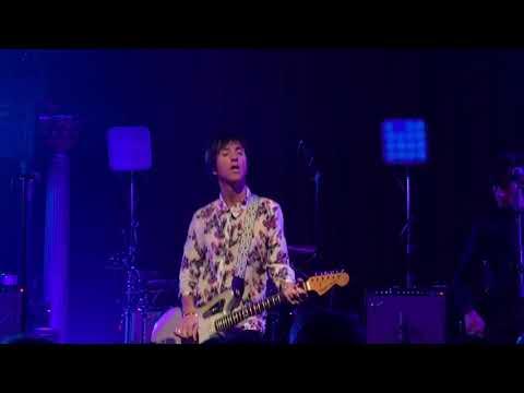 "Johnny Marr ""The Headmaster Ritual"" (live - 9/17/18)"