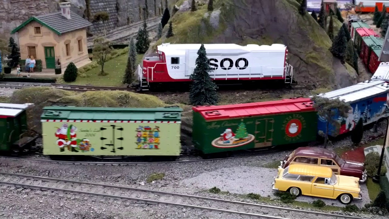 Train Layout At The Garden Factory Rochester Ny Youtube