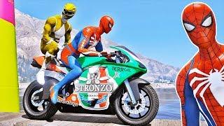 MOTOS com HOMEM ARANHA e SUPER HERÓIS no Desafio Parkour no LAGO! GTA V - IR GAMES