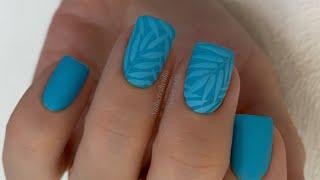 Матовый маникюр Листья на ногтях ветки на ногтях весенний маникюр 2021