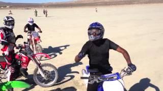 Dirt bikes drag racing pt1