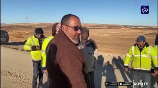 الرزاز يتفقد الطريق الصحراوي ويؤكد انتهاء المشروع خلال العام الحالي (26/1/2020)