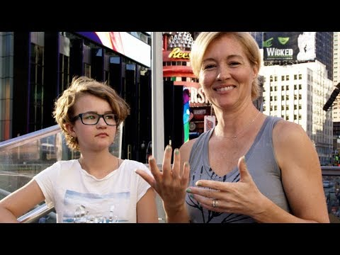 Millicent Simmonds and her mother, Emily