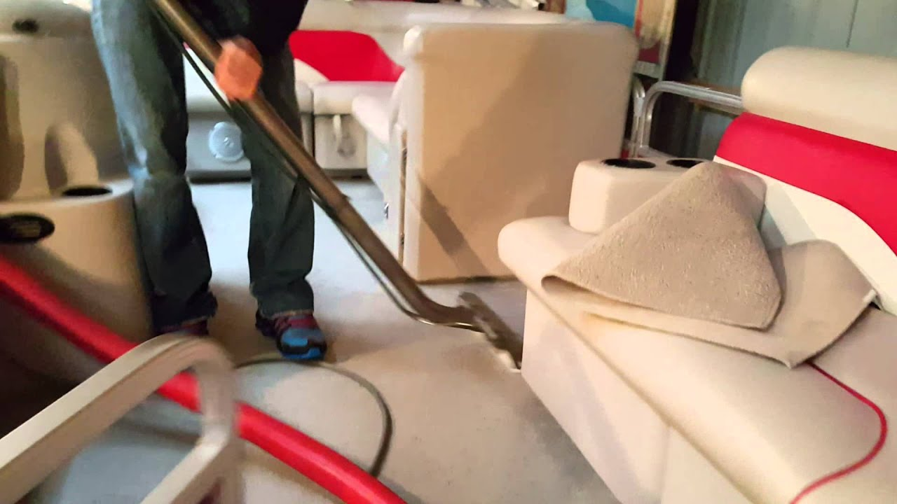 Cleaning a Pontoon boat carpet in 34 degrees - YouTube