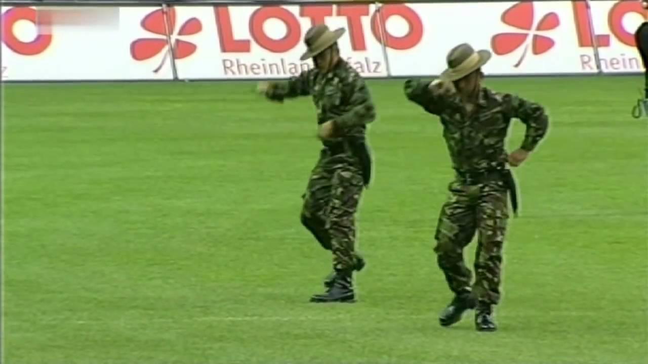 Download Keculunan Tentara Gurkha  / Gurka