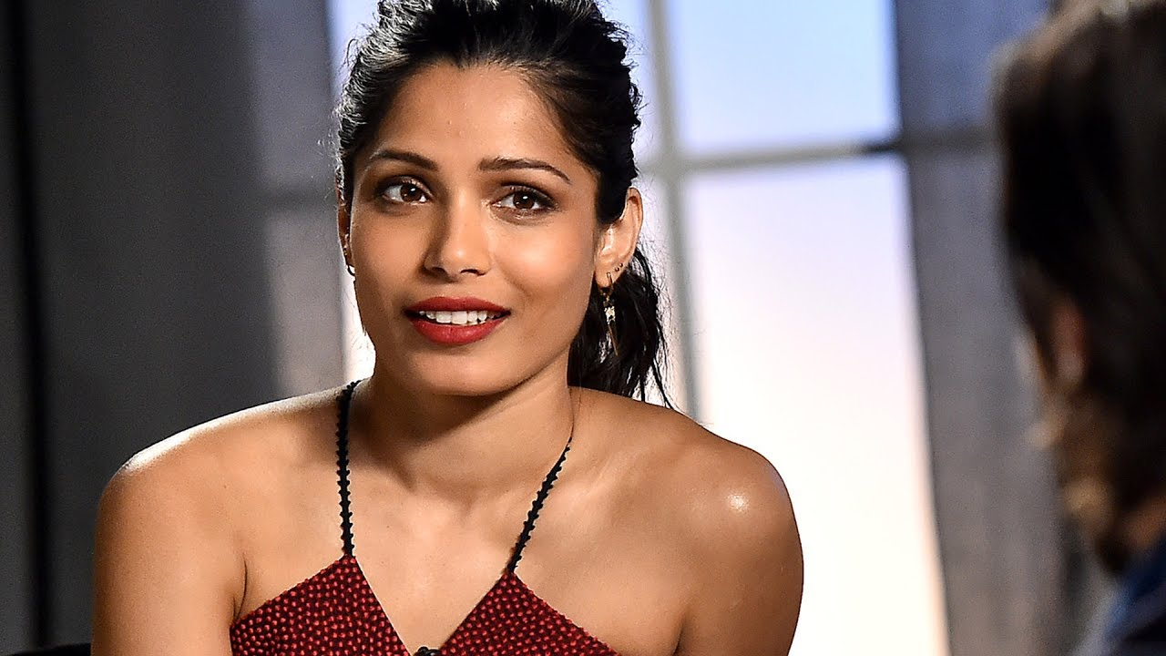 Freida Pinto Felt Lost After 'Slumdog Millionaire' - YouTube