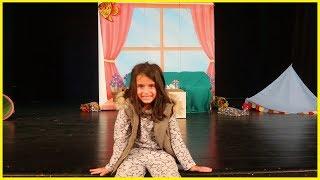 Çocuk Tiyatrosuna Gittik, Dedem Nerede? İsimli Oyununa Seyrettik l Eğlenceli Çocuk Videosu