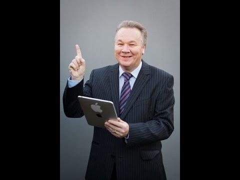 Scotland's Rev. Alan Ross teaching at Samantha's Li'l Bit of Heaven