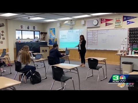 Elk Grove middle and high school students can go back to school 4 days a week