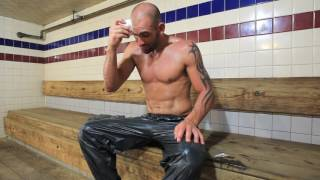 MMA fighter George Sullivan sheds more water weight at the sauna
