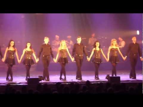 """""""IRISH CELTIC"""", claquettes, Irish step dancing, danseuses au Nautile de La Forêt Fouesnant"""