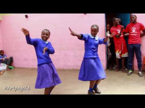 African School girls dance to Majic Mike's Ayaya