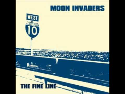 MOON INVADERS -