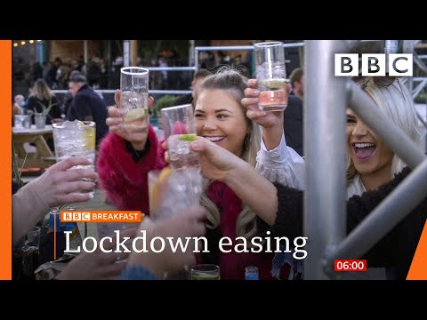 Covid: England 'buzzing' after first night out in 97 days @BBC News live 🔴 BBC
