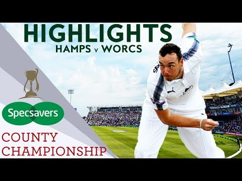 Kyle Abbott Stars With Bat And Ball: Hamps v Worcs - County Championship 2018 Highlights