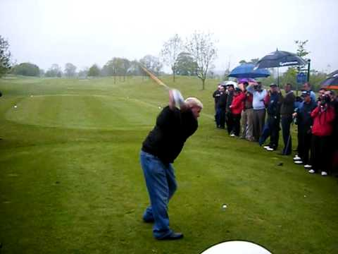 John Daly rips it 340 yards then heads for the bar.....