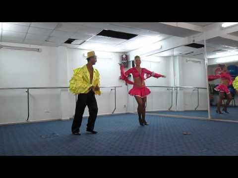 LOS CUBINOSALSA,Demostracion #1 de baile,Bishkek, Kyrgyzstan