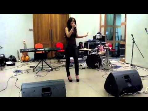 Video p3277hIPBsQ
