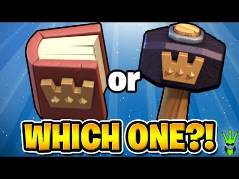 WHICH IS BETTER HAMMERS 🔨 OR BOOKS 📕? - Free To Play TH10 Ep.9 -