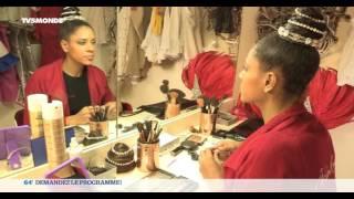 Dans les coulisses du Moulin Rouge - Reportage TV5Monde(Un 31 décembre festif dans Demandez Le Programme avec la féerie de la grande Revue du Moulin Rouge à Paris. Un reportage de Nicolas George et Martin ..., 2017-01-01T10:58:26.000Z)
