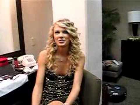 Taylor Swift in Tonight Show Dressing Room