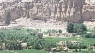 アフガニスタンの世界危機遺産バーミヤンの全景