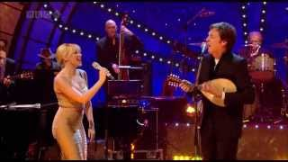 Kylie Minogue & Paul McCartney - Dance Tonight (Jools Annual Hootenanny 2007) [Live]