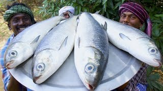 Download GIANT FISH FRY | Villagers cooking big fish fry in village cooking style | Village Food Cooking
