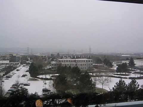 Es schneit in Bonn-Tannenbusch