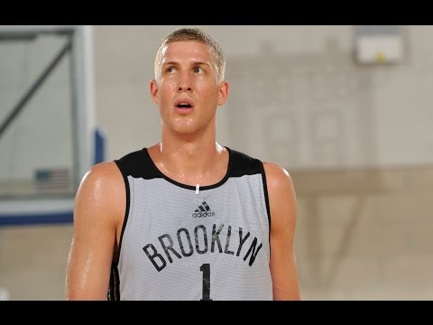 Mason Plumlee Dishes the Alley Oop to Markel Brown