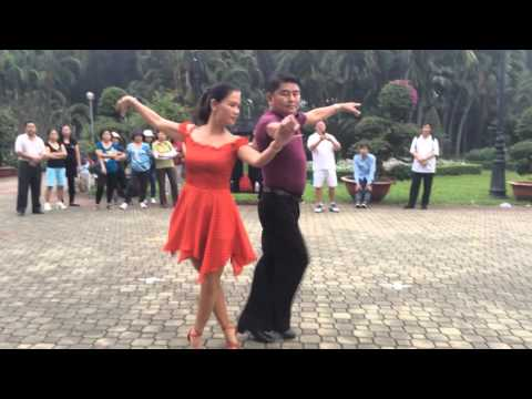 Valse nâng cao bài 2- CLB Khiêu vũ Nhịp sống vui