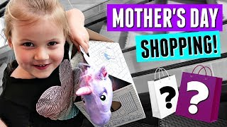 UNICORN BUILD A BEAR SURPRISE AND SHOPPING AT THE MALL FOR PRESENTS!