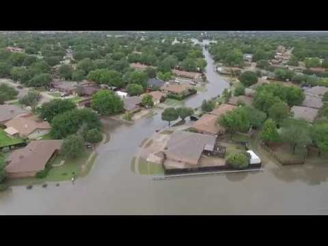 Lubbock Floods after Hit With Massive Rain.. Flash Floods in Lubbock