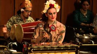 Javanese Gamelan Ensemble - Pelog Barang - Singa Nebah (The Pouncing Lion) - Stafaband