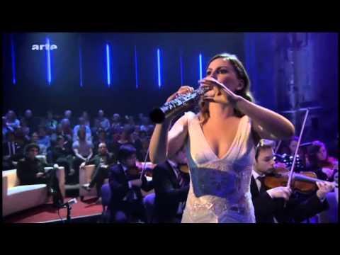 1(7) STARS VON MORGEN 15.12.13 Rolando Villazón -Céline Moinet (oboe)- W.A.Mozart Oboenkoncert