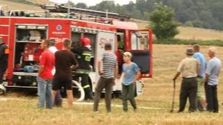 Spaliła się  prasa rolnicza podczas prac żniwnych koło Omula Gmina Lubawa