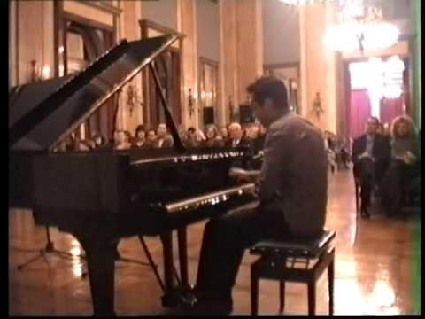 Liszt  La Campanella (played by Darije Sebić)