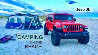 JEEP JL camping oฑ the beach in the outer banks of North Carolina