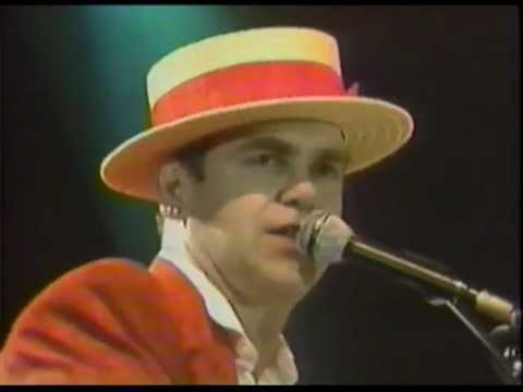 Elton John - Rock n' Roll Medley - Wembley 1984 (HQ Audio)