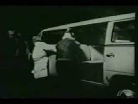 vintage vw bus beetle commercial (76)